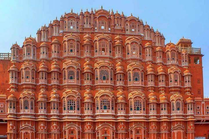 A Best place for travelling:-Delhi