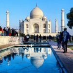 Agra-Tour-Places-Taj-Mahal,-a-symbol-of-eternal-love