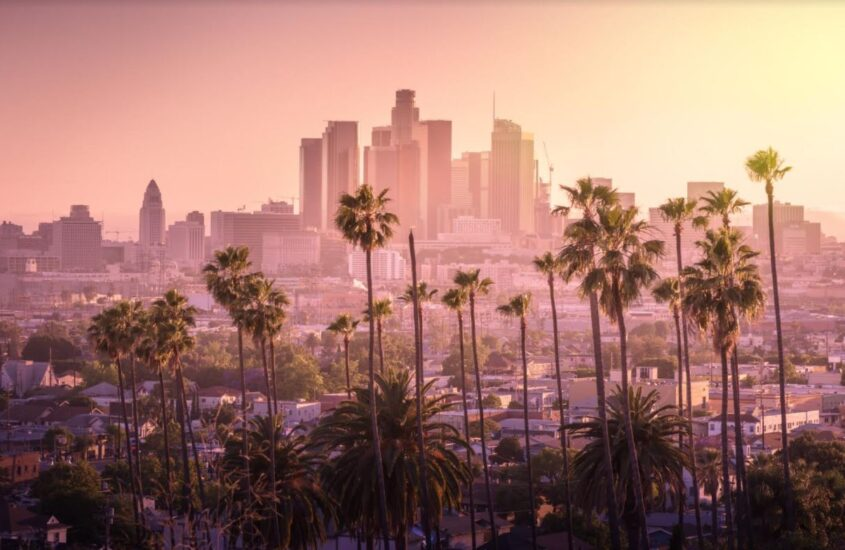 Celebrities, Headstones, and Houses: Best Places to Go Sightseeing in LA